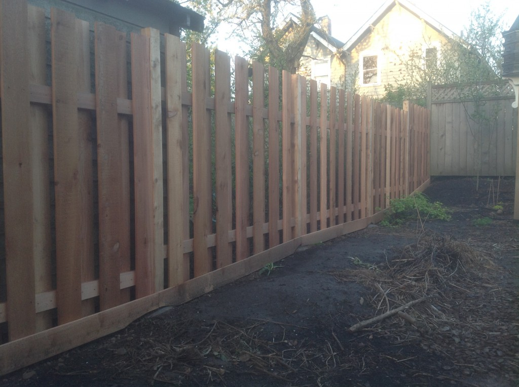 Completed cedar fence by Bragg Construction in Portland, Oregon