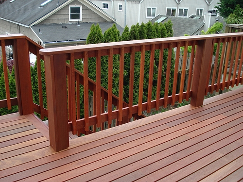 Mahogany exterior deck by Bragg Construction