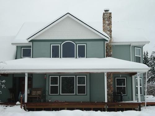 Complete exterior cedar siding by Bragg Construction