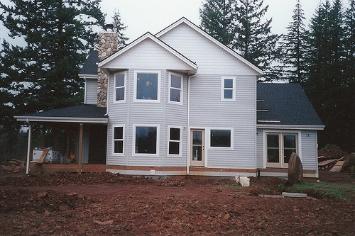 Complete exterior cedar siding by Bragg Construction