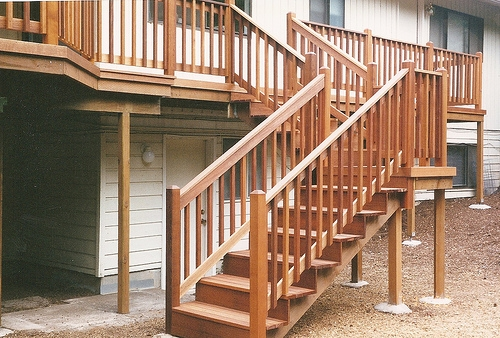 Mahogany deck in Gresham, Oregon by Bragg Construction