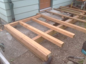 Cedar deck framing in Gladstone Oregon